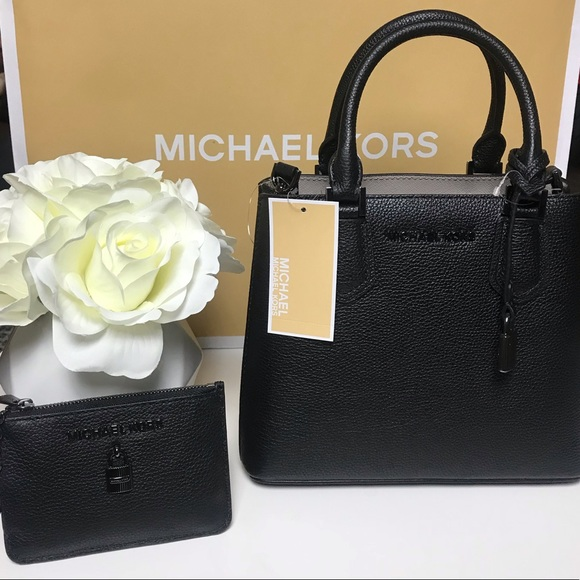 b91d21690f7b NWT Michael Kors Adele Bag and Coinpouch